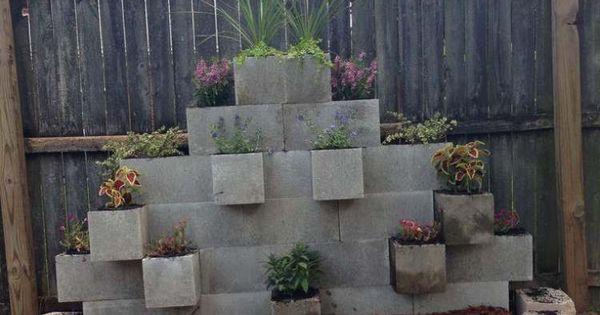 Bloc béton pour la déco de jardin en 30 idées créatives  Déco ...