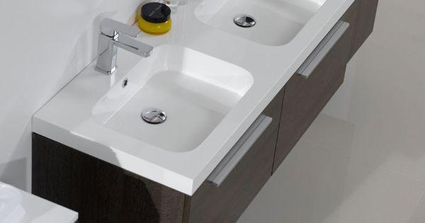 bagni moderni con doppio lavabo : ... bagno con mobili sospesi ... - Bagni Moderni Con Doppio Lavabo