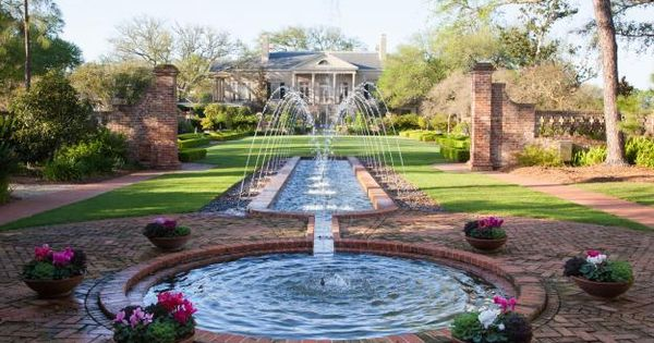 Longue vue in new orleans a garden full of flavors the for Garden loggia designs