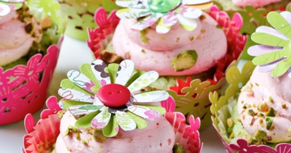 Pistachio Cupcakes with Pink Champagne Frosting. | Tasty Treats ...