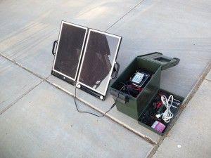 Simple Diy Portable Solar Power Unit For Camping Or Emergencies Portable Solar Power Solar Power Diy Solar Projects