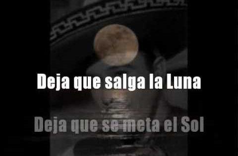 que no salga la luna lyrics