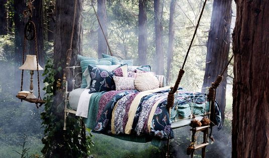 Forest hanging bed