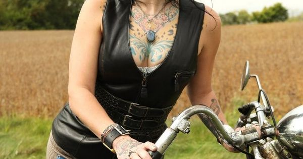 Danielle from American Pickers | I heart Rockabilly/Pinup ...