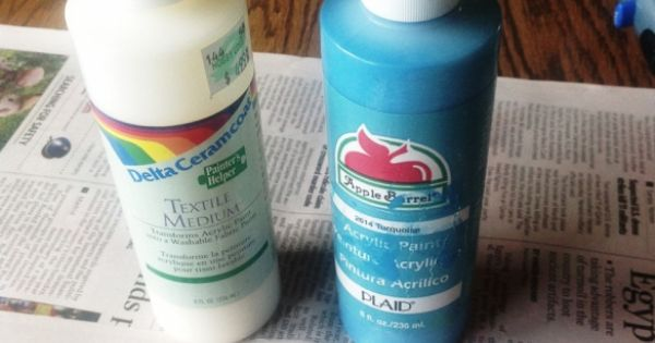 Make your own fabric spray paint i put one part textile for How to make your own spray paint