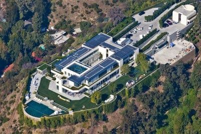 The Pritzker Estate Is A Private Residence Located At 1261 Angelo Drive In The City Of Los Angeles In Which The Stru Mansions Mega Mansions Celebrity Mansions