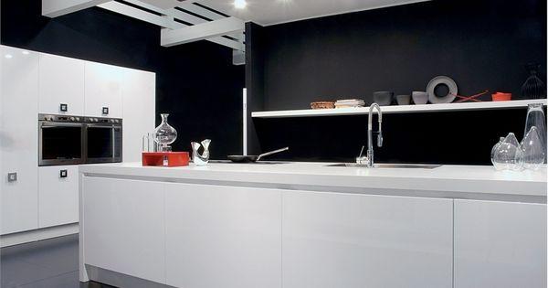30 black and white kitchen design ideas digsdigs for Aran world kitchen cabinets