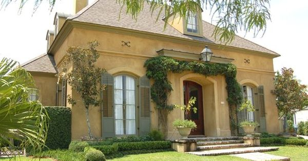 Old metairie country french landscape new orleans daly for Metairie architects