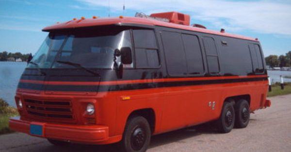 1977 Gmc Eleganza Ii In Red And Black Gmc Motorhome Campers World Motorhome