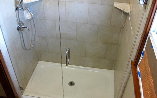 Kohler Salient 60 In X 36 In Cast Iron Single Threshold Shower