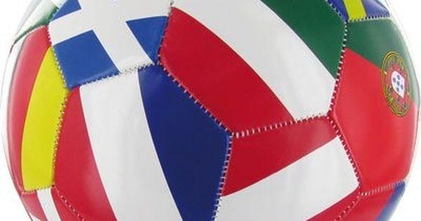 ballon de football 39 39 drapeaux du monde 39 39 ballon de football drapeaux du monde et drapeau. Black Bedroom Furniture Sets. Home Design Ideas