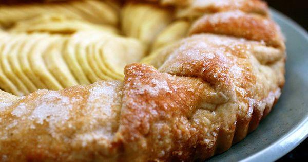 Simple Apple Tart | Smitten Kitchen | recipe apple pastry dessert