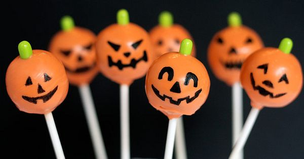 Halloween cake pops. MarthaStewartLiving Fall Halloween Pumpkin