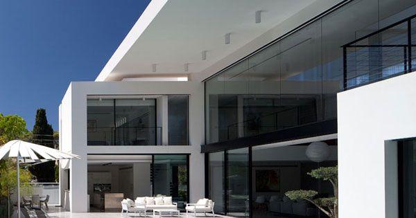 Bauhaus pools and israel on pinterest for Bauhaus pool