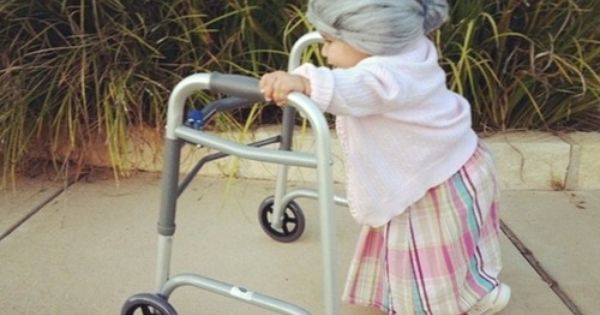 Baby Costume: Little Old Lady Baby Halloween Costume Idea