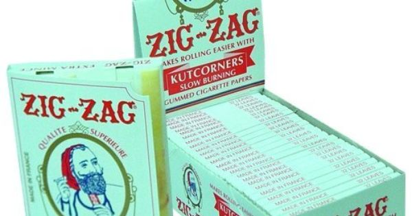 zig zag white cut corners cigarette rolling papers 24 booklets retailers box by zig zag 32. Black Bedroom Furniture Sets. Home Design Ideas