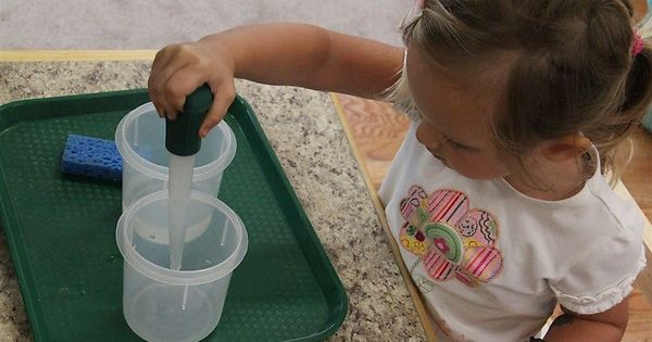 Water Transfer with a Baster - Fine motor skills