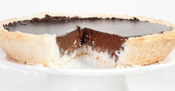 Coconut Chocolate Pie {recipe} chocolate coconut pie food