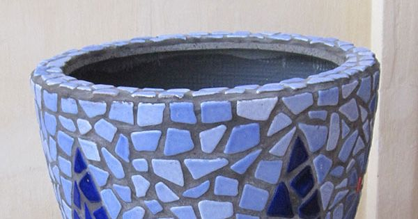 DIY Mosaic Blue Flower Pot - Mosaik Blumentopf - Mosaique Pot de