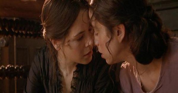 Fingersmith Lesbian So In Love 12 Elaine Cassidy Woman Loving Woman Love Movie
