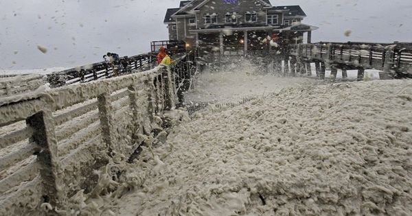 Pier in Nag's Head, NC. Photos: Sandy Inches Closer to East Coast