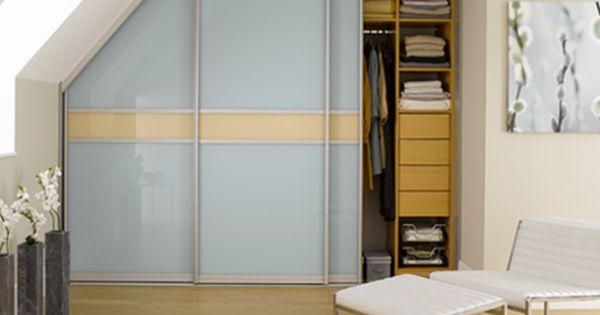 Begehbarer Kleiderschrank Dachschrage Tolle Tipps Zum Selberbauen Begehbarer Kleiderschrank Dachschrage Kleiderschrank Fur Dachschrage Schrank Dachschrage