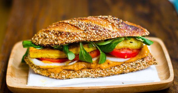 Vegetarian sandwich looks yumming