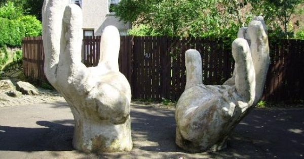 Giant Hands Garden Sculpture Glenrothes Image