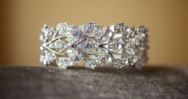 beautiful wedding ring or right hand ring!