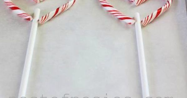 Use leftover or clearance mini candy canes to make Candy Cane Hearts