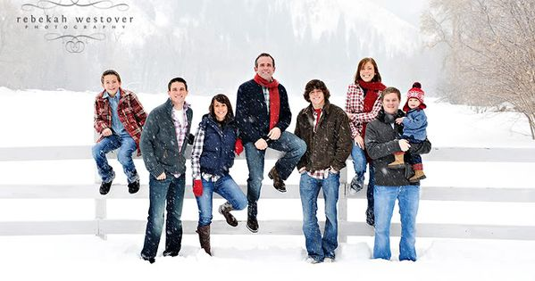 Lots of great large family poses in this shoot. Need to save