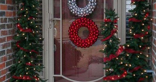 20 id es pour la d coration de porte de noel porte noel for Decoration noel porte de garage