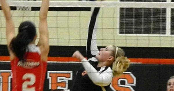 The Ansonia Lady Tigers Varsity Volleyball Team Lost In Three Straight Sets To The Tri County North Panthers Advocate360 Volleyball Team Ansonia Darke County