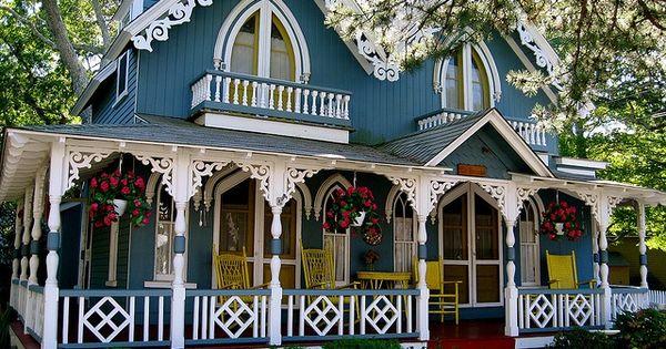 Marthas vineyard gingerbread houses love future home for Gingerbread houses martha s vineyard