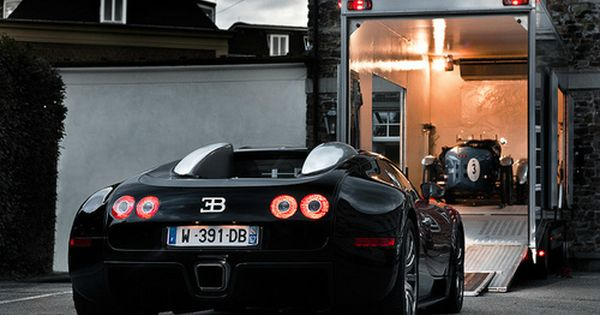 Bugatti Veyron - New vs Classic