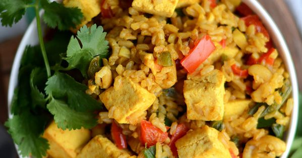 Vegan Tofu and Cashew Fried Rice | Recipe | Vegans, Raw cashews and ...