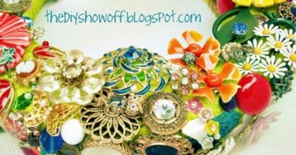 DIY brooch wreath tutorial