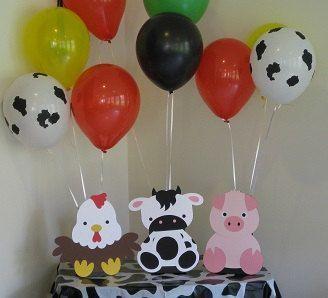 Resultado De Imagen Para Cumpleaños Infantil Adornado De La Granja De Zenon Cumpleaños De Granja Decoracion Mesas De La Granja Decoraciones De Fiesta De Granja