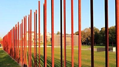 Berlin Wall Memorial Mit Bildern Berliner Mauer Mauer Gedenken