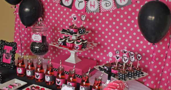 "How stinkin cute!! Photo 6 of 12: Minnie Mouse / Birthday ""Quinn's"