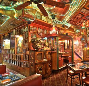 Bubble Room Restaurant Captiva Island Sanibel Island Fl Katie Holmes Fave Childhood Memory Big Sanibel Island Florida Captiva Florida Florida Restaurants