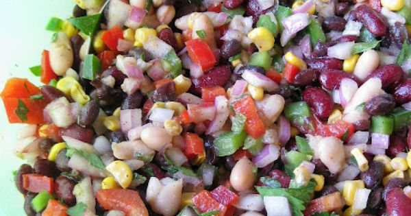 Mexican Bean Salad. Healthy and still looks delish! Have to try this