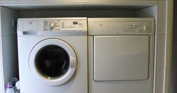 machine laver sur lev e pour moins de bruit salle d 39 eau pinterest more laundry laundry. Black Bedroom Furniture Sets. Home Design Ideas