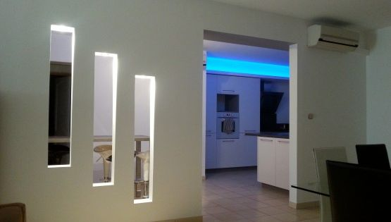 r novation villa int rieur design placopl tre meurtri re bandeau led ets morcant pinterest. Black Bedroom Furniture Sets. Home Design Ideas
