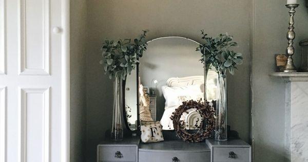 String Lights Vanity : DIY: Hanging Branch Light String lights, Vanities and Dressing tables
