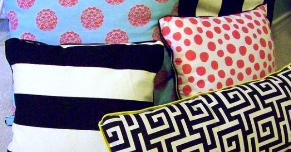 Diy Throw Pillow With Piping : How to make DIY no-sew pillows with piping - great for coordinating outdoor pillows (waterproof ...