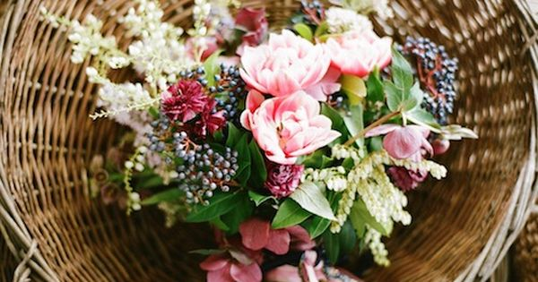 THIS Color Scheme! Privet berry and pink wild flowers - how gorgeous!