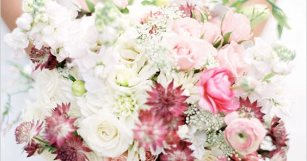 25 Wedding Bouquets - Belle the Magazine . The Wedding Blog For