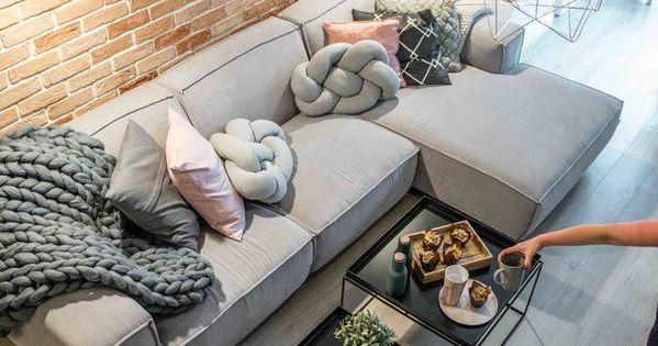 salon d co vieux rose et gris mur de brique claire sol taupe clair home pinterest sal n. Black Bedroom Furniture Sets. Home Design Ideas
