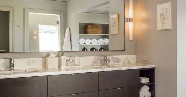Sutro Architects - bathrooms - Benjamin Moore - Platinum